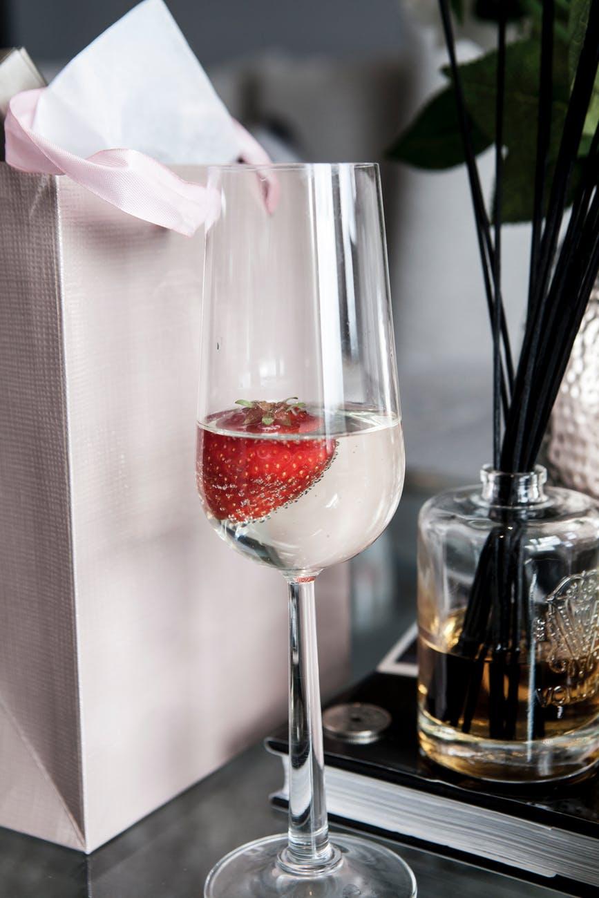bottle box champagne champagne glass